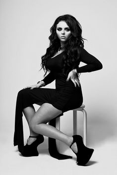 """Jessica Louise """"Jesy"""" Nelson, born 14 June 1991 (age 21), is from Romford, London.Jesy was born to single mum Janis, with brothers Jonathan and Joseph.Nelson first worked as a barmaid before joining the group.Her first audition was """"Bust Your Windows"""" by Jazmine Sullivan.Since joining Little Mix, she has faced cyber-bullying and struggled to cope during her time on The X Factor.She is currently dating Jordan Banjo from Diversity."""