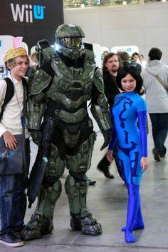 Master Chief and Cortana (Halo) | IgroMir 2012