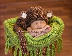 Pattern for a monkey hat for baby boy pictures.  @Sondra Hurford
