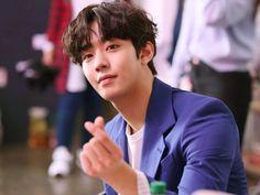 Ahn Hyo Seop Dapat Tawaran Peran Utama Drama 'Romantic Doctor Kim Ahn Hyo Seop gets the lead role in 'Romantic Doctor Kim Joon Hyuk, Seo Kang Joon, Korean People, Korean Men, Asian Actors, Korean Actors, Ahn Hyo Seop, Romantic Doctor, Yoo Seung Ho
