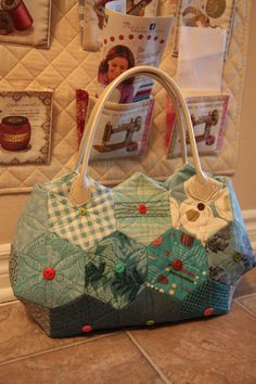 Hexagon tote bagHandmade quilted by Handmadegenie on Etsy