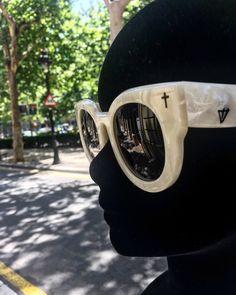 53233faaaa4 gafas de sol de diseño valley eyewear · EyewearSunglassesGlassesEyeglasses  · Optica Gran Vía BarcelonaValley Eyewear