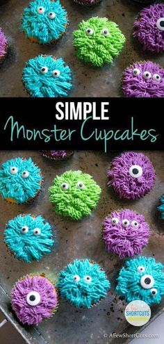Simple Monster Cupcakes - A Few Shortcuts - - These fun treats are so simple to make you will want to make them year round, not just for Halloween! Check out how easy these Monster Cupcakes are to make! Halloween Desserts, Spooky Halloween, Halloween Backen, Postres Halloween, Halloween Treats, Cute Halloween Cakes, Halloween Goodie Bags, Halloween Party Favors, Halloween Designs