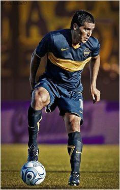 Boca Junior - Juan Roman Riquelme 02 #futbolargentino Football 2018, Football Is Life, World Football, Soccer World, Sport Football, Football Shirts, Soccer Guys, Football Players, Diego Armando