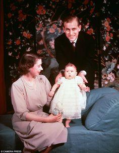 Princess Elizabeth, Duke of Edinburgh and baby Prince Charles. 🌸✨Queen Elizabeth and Prince Philip were always an iconic couple.