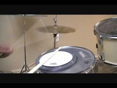Simple drum exercises to strengthen your left hand Saxophone Sheet Music, Clarinet, Custom Electric Guitars, Custom Guitars, Trumpet Instrument, Nirvana Lyrics, Drum Sets, How To Play Drums, Double Bass