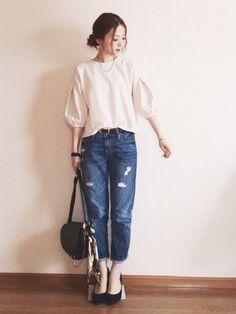 eさんのTシャツ/カットソー「haco! 袖タックがきれいなポンチトップス」を使ったコーディネート