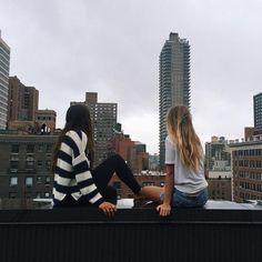 город, подруги, мы