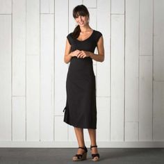 T1772205 Toad & Co Muse Dress Black 100
