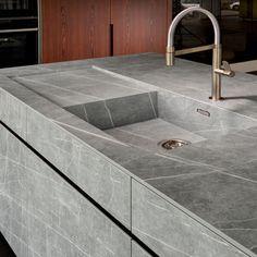 Choosing a New Kitchen Sink Kitchen Sink Design, Modern Kitchen Cabinets, Modern Kitchen Design, Home Decor Kitchen, Interior Design Kitchen, Modern Interior Design, Kitchen Countertops, New Kitchen, Kitchen Sinks