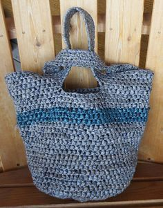 Japanese knot plarn tote bag free #crochet pattern from My Recycled Bags