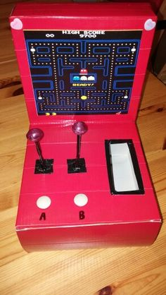 Pacman arcade game Valentine box creation!