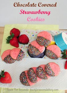 Chocolate Covered Strawberry Cookies #sprinkles #cakemix #strawberry #chocolate #pink