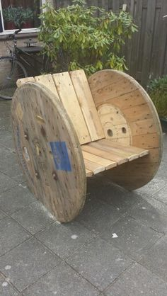 My own cable spool chair!!