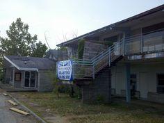 Abandoned Campbells Restaurant and Motel, Lake Ozark, MO
