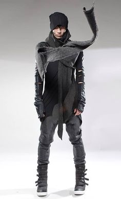 "Post-Apocalyptic Fashion - Inspiring Future-Fashion-Board at Pinterest: search for pinner ""Jochen Wojtas"""