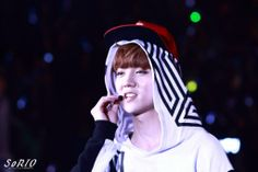 EXO LUHAN CR: ON PIC