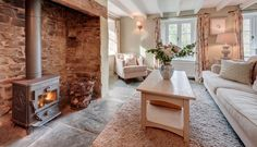 Luxury self-catering cottage near Bude, Luxury self-catering holiday cottage Bude, North Cornwall - Luxury Homes Cottage Living Rooms, Cottage Interiors, Home Living Room, Living Room Designs, Inglenook Fireplace, Cottage Fireplace, Fireplaces, Cottage Shabby Chic, Snug Room