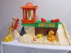 Fisher Price Little People Zoo by LuRuUniques on Etsy #FisherPrice #LittlePeople