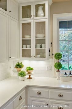Kitchen decor ideas. Would you like to revamp your kitchen, but without changing all things in it? By just upgrading your kitchen, you can give the entire room a fresh look.