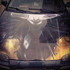 Аэрография на капоте - отличный способ почтить 75-летие Бэтмена. #Batman, #Batman75, #Neverfind