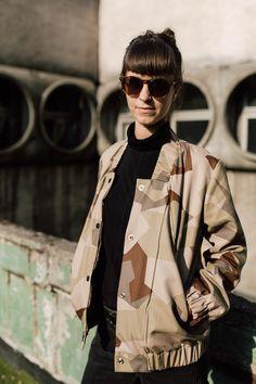 kurtka bomberka GEOMETRYCZNY KAMUFLAŻ - METR64 - Moda polska Military Jacket, Punk, Jackets, Style, Fashion, Down Jackets, Swag, Moda, Army Fatigue Jacket