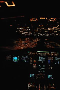 Airbus A320 Cockpit, Over Madrid