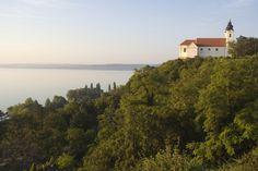 10 aprócska lény, ami mind megbújhat a lakásodban - Otthon | Femina Most Beautiful, Beautiful Places, Hungary, Budapest, Country Roads, Mountains, Sunset, City, Nature