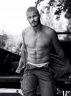 Alexander Ludwig photographed by Chris Haylett for... - Ludwiggers™