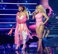 Nicki Minaj Our Favorite Onstage Looks from the 2016 MTV VMA Performances - Ariana Grande… Nicki Minaj Rap, Nicki Minaj Barbie, Ariana Grande Images, Ariana Grande Cute, Superstar, Victoria's Secret, Dangerous Woman, Star Wars, Shows