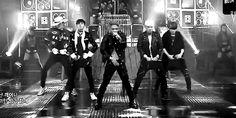 [GIF] BIGBANG - Bang Bang Bang on Inkigayo