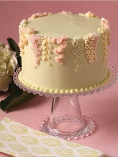 Breathtaking floral buttercream decoration