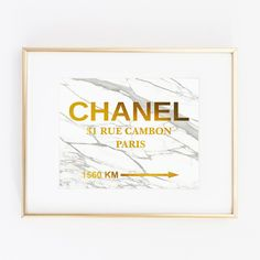 Chanel Gold Foil Leaf Art Wall Print distance Prada like Marfa... (145 GTQ) ❤ liked on Polyvore featuring home, home decor, wall art, mounted wall art, marble home decor, girls wall art, wall posters and home wall decor
