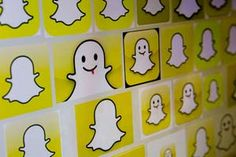 Momentary Messaging: How to Maximize Snapchat for Storytelling (Tactics, May 2015) [bloomberg/getty]