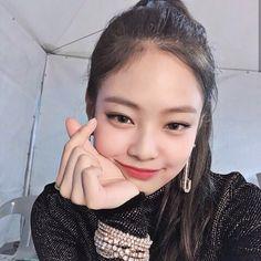 Blackpink Jennie, Forever Young, South Korean Girls, Korean Girl Groups, Black Pink ジス, Jenny Kim, Blackpink Members, Blackpink Jisoo, Girl Crushes