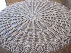 Best 11 Crochet Beautiful Doily Step By Step Tutorial Crochet Table Topper, Crochet Tablecloth Pattern, Free Crochet Doily Patterns, Crochet Home, Crochet Girls, Hand Crochet, Lace Doilies, Crochet Doilies, Pineapple Crochet