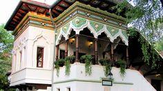 Doina Restaurant, Romanian architecture