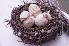 Поделка изделие Пасха Плетение Пасхальный декор Гнездо Материал природный фото 1
