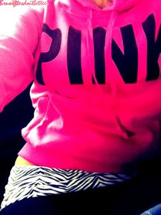 The sweater is beautiful but i own those pants :D Love them <3