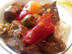 Beef Calderetta- Filipino Meat Stew in Tomato Broth Filipino Dishes, Filipino Food, Filipino Recipes, Asian Recipes, Beef Recipes, Cooking Recipes, Cooking Ideas, Beef Round, Philippines