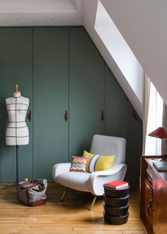Green wardrobe | Christophe Poyet's Retro-inpired Parisian Apartment