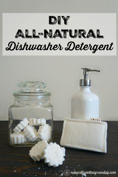 Become a little more crunchy with this DIY all-natural dishwasher detergent recipe. And find out some of my favorite natural kitchen tips! All Natural Cleaning Products, Natural Cleaning Solutions, Natural Cleaning Recipes, Homemade Cleaning Products, Black Dishwasher, Built In Dishwasher, Dishwasher Tablets, Dishwasher Detergent, Homemade Detergent