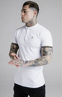SikSilk Cartel Polo Shirt – White White Shirt Outfits, Polo Shirt White, Slick Back Haircut, Design Your Own Shirt, Stephen James, Casual Wear For Men, Moda Casual, Polo T Shirts, Short Sleeve Tee