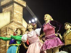 Surpresas e presentes são tema da escola de samba (Foto: Caio Kenji/G1)