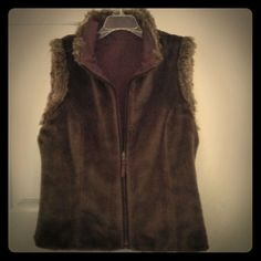 Tribal Reversible Canvas & Fur Vest. Nwt Size Med