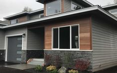 Nova offers a wide selection of options when it comes to exotic hardwood siding. Natural hardwood siding is durable and absolutely stunning! House Siding, House Paint Exterior, Exterior Siding, Exterior Design, Prefinished Hardwood, Hardwood Decking, Wood Siding, Vinyl Siding, Composite Siding