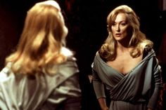 Death Becomes Her (1992) in the role of Madeline Ashton