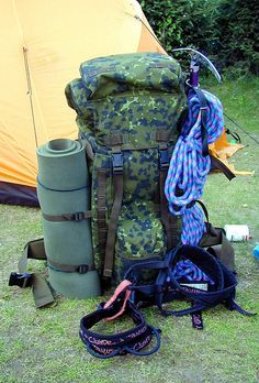 My backpack for climbing Mont Blanc     Survival can be your next tirp in the wild(military backpacks|military supplies|tactical backpacks|make your kit|gear camping|gear hiking|gear for camping|gear survival|gear for survival|building shelter|the survival kit|survival tool|survival kit fo