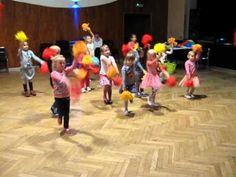 papaya- tańczą dzieci podczas zajęć muzycznych - YouTube