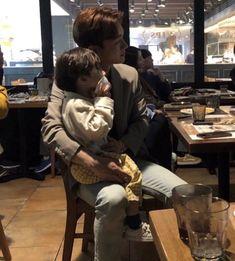 """""I'm good at babysitting. I'm really good with babies"""" Daejeon, Exo Xiumin, Kpop Exo, Shinee, Nct, Kim Jong Dae, Exo Album, Xiuchen, World Domination"